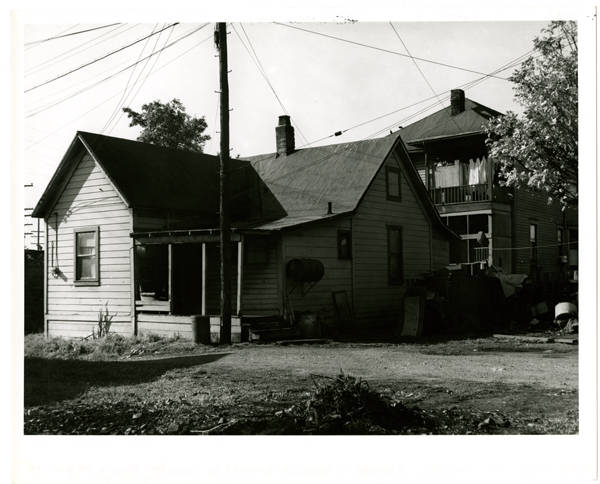 2 houses in triangle boundet [i.e. bounded] by John Str. - Broad & 100 block of Nob Hill Ave. No.