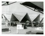Hawaiin [i.e. Hawaiian] Pavilion is privatedly financed